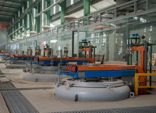 上海RQ系列细长杆工件悬挂可控气氛深井式渗碳炉